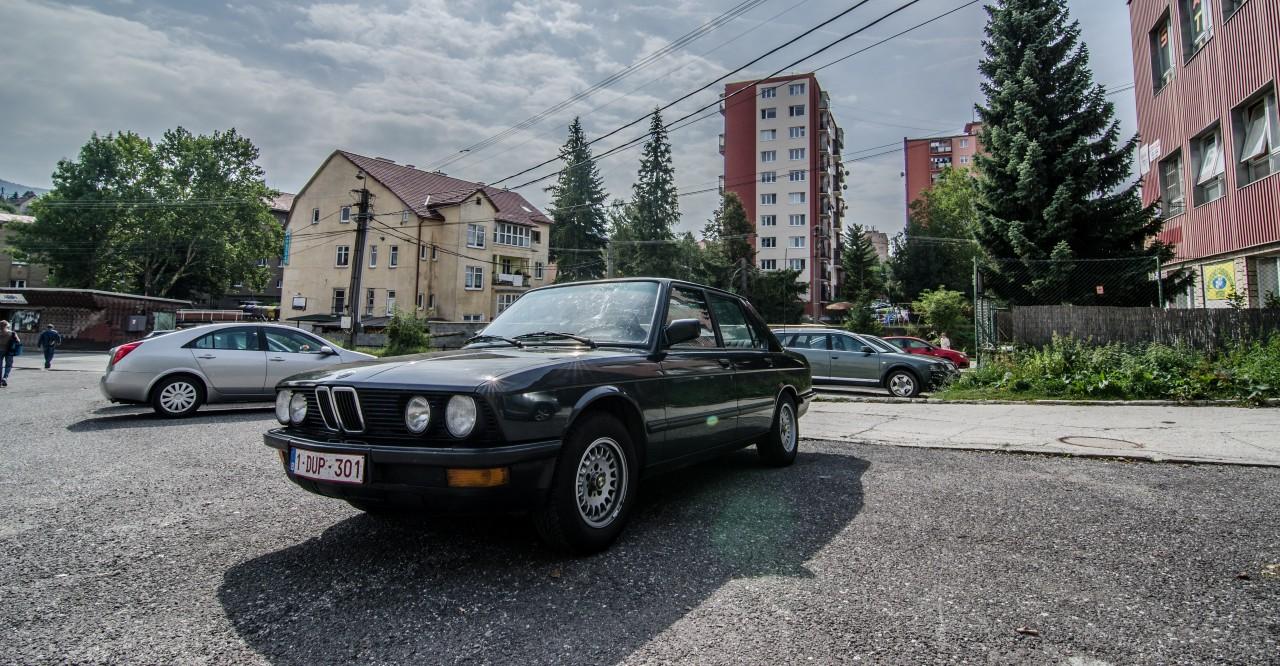 BMW E28 518I Handova