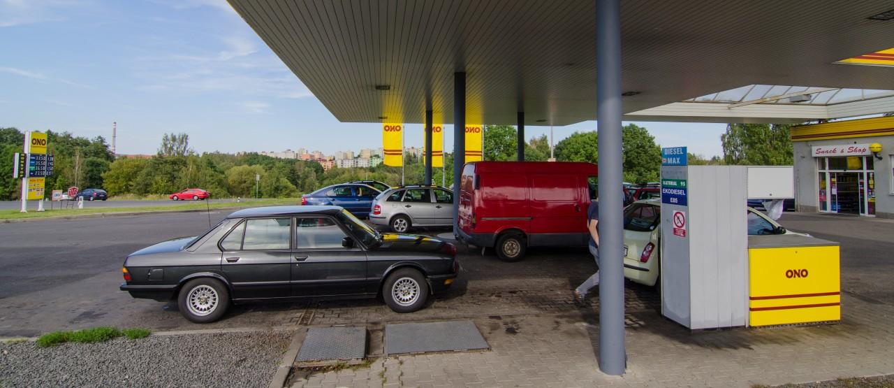 BMW 518I Tankstation