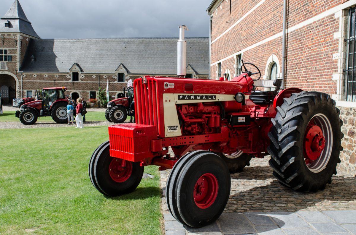 IH Farmall 806 Diesel