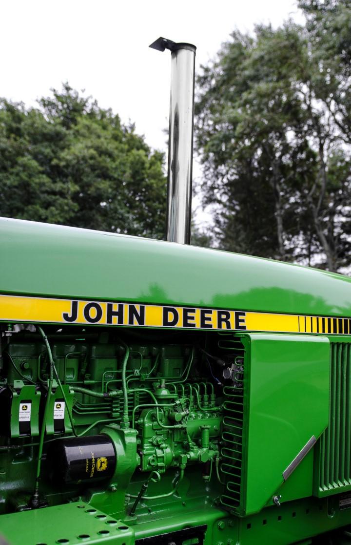 John Deere 4240S