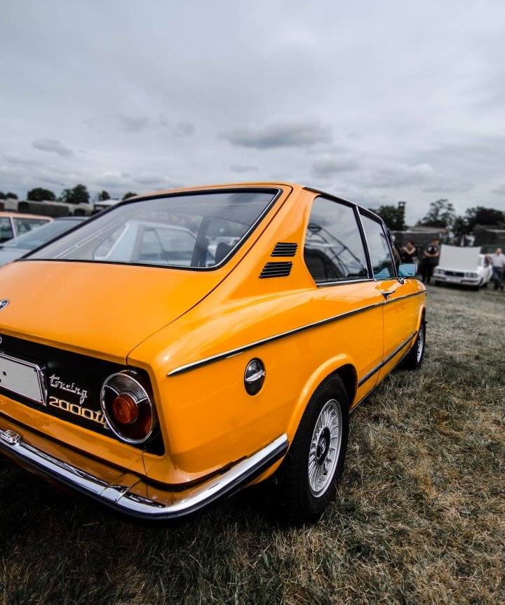 BMW 2000tii Touring @ Oldtimer Fly In